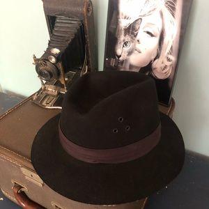 Safari Micro felt Wool Brown Hat: